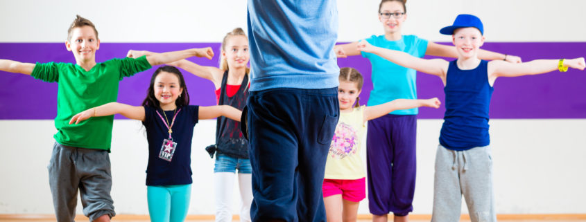 ten dance benefits will keep your child active, happy and healthy!